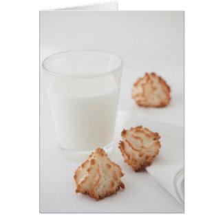 Galletas y leche tarjeta de felicitación