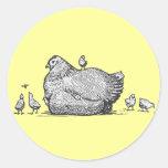Gallina y polluelos etiquetas redondas