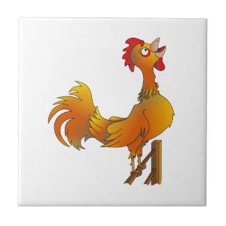 Gallo de cacareo del gallo del dibujo animado azulejo