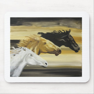 galloping horses mouse pad