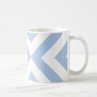 Galones azules claros y blancos taza