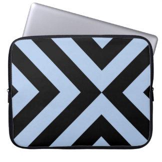 Galones azules claros y negros fundas portátiles