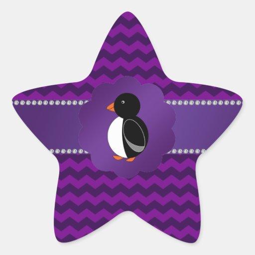 Galones de lujo de la púrpura del pingüino pegatina en forma de estrella