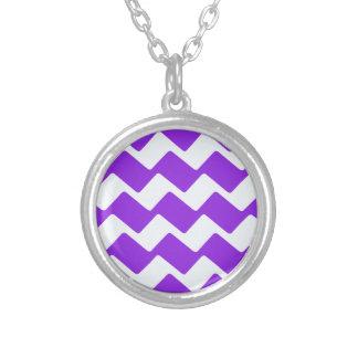 Galones ondulados púrpuras colgante redondo