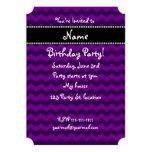 Galones púrpuras conocidos personalizados invitación 12,7 x 17,8 cm