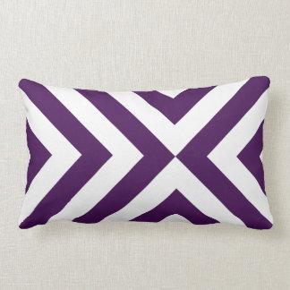 Galones púrpuras y blancos almohadas