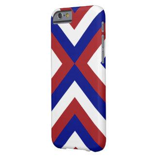 Galones rojos, blancos, y azules funda de iPhone 6 barely there