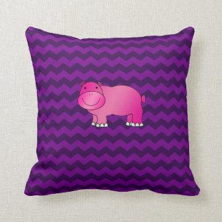 Galones rosados lindos de la púrpura del hipopótam almohada