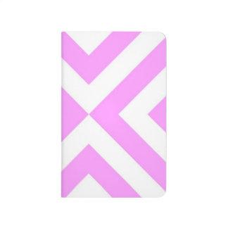 Galones rosados y blancos cuaderno grapado