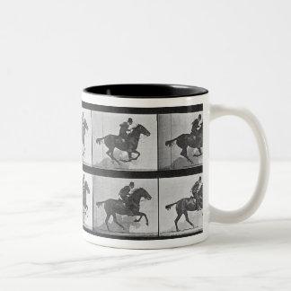 Galopando el caballo, platee 628 de la 'locomoción taza de dos tonos