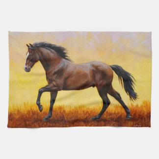 Galope oscuro del caballo del semental de la bahía toallas de cocina