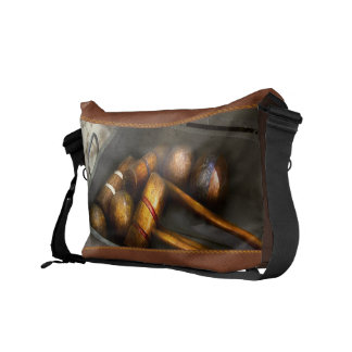 Game - Everyone loves to play Croquet Messenger Bag