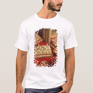 Game of Dauphin lotto invented by Louis XIV T-Shirt