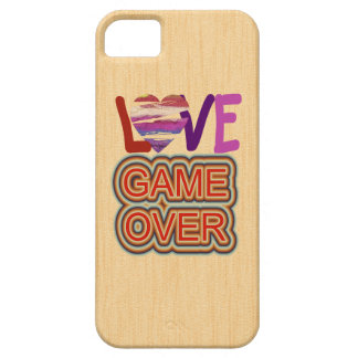 Game Over Love and Heart iPhone 5 Covers