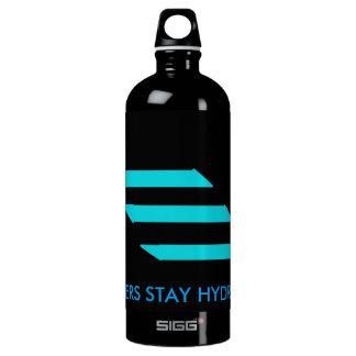 gamer drinking flask water bottle
