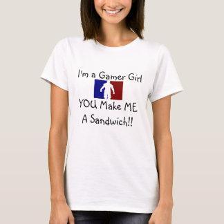 Gamer Girl Wants NOMNOM's! T-Shirt