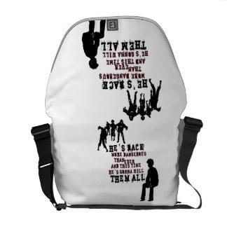 Gamer - Zombie killer Messenger Bags