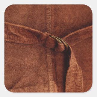Gamuza marrón con la correa y la hebilla calcomanías cuadradass personalizadas