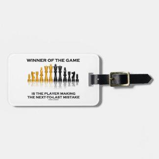 Ganador del jugador del juego que incurre en equiv etiquetas maletas