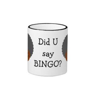 Ganador del premio de la noche del bingo del taza de dos colores