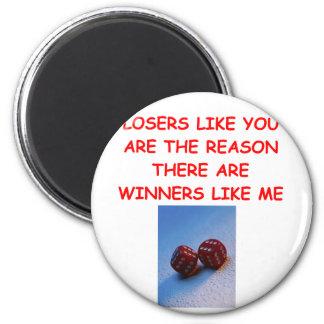 ganadores divertidos y chiste de los perdedores imán