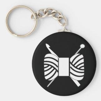 Ganchillo del punto del logotipo del hilado llavero redondo tipo pin