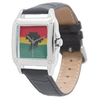 Ganchillo jamaicano del verde rojo del oro del reloj de mano