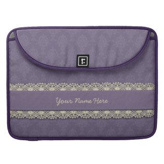 Ganchillo púrpura Ecru del damasco Fundas Para Macbooks