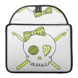 Ganchos del cráneo y de ganchillo (amarillo) funda para macbooks