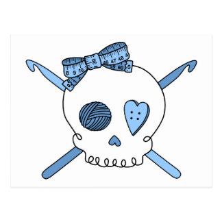 Ganchos del cráneo y de ganchillo (azules cielos) postales