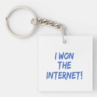 Gané el Internet - elija el color de fondo Llavero Cuadrado Acrílico A Doble Cara