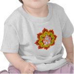 Ganesh en Lotus Camiseta