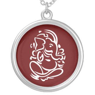 Ganesha - muestra hindú de dios collares