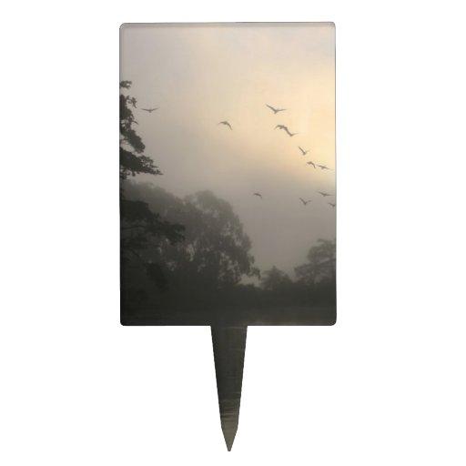 Gansos de Canadá y niebla de la mañana Figura De Tarta