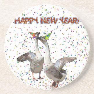 Gansos de la Feliz Año Nuevo Posavasos Diseño