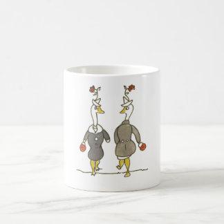 Gansos de las señoras tazas de café