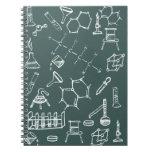 Garabatos químicos del equipo de laboratorio cuaderno