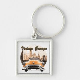 Garaje clásico del vintage del coche llavero cuadrado plateado
