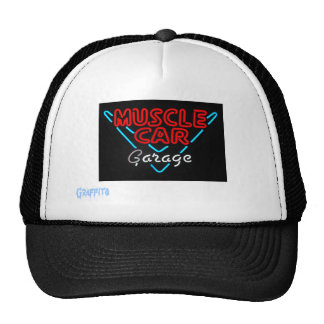 Garaje del coche del músculo gorras