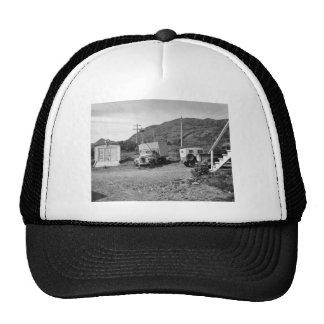 Garaje y yarda en el refugio del Kodiak Gorro De Camionero