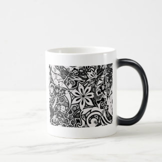 Garden: Black and White 11 Oz Magic Heat Color-Changing Coffee Mug