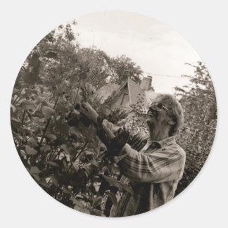 Garden Classic Round Sticker