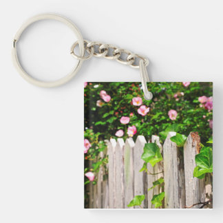 Garden fence with roses keychain