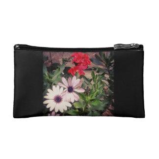 Garden flowers clutch