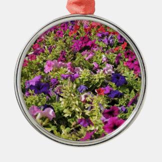 Garden of flowers metal ornament