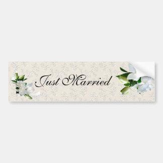 Gardenias del boda pegatina para auto