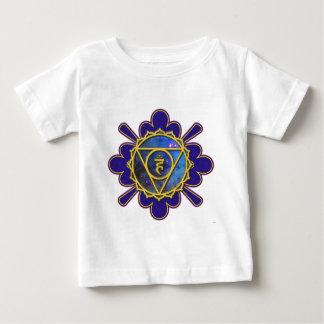 Garganta Chakra T Shirts