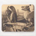 Gargoyle de Notre Dame Tapetes De Ratón