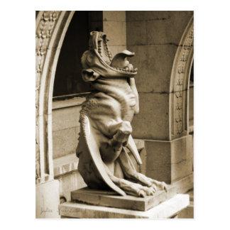 Gargoyle gótico postal
