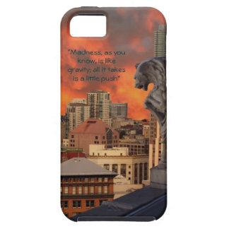 Gargoyle on ledge iPhone SE/5/5s case